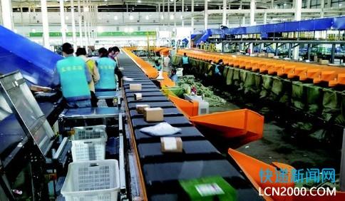 青岛邮政业十四五规划:2025年快递业务量达12亿件